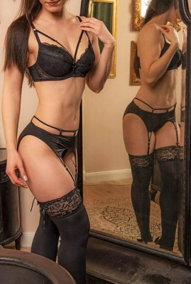escort-lady-antonia1