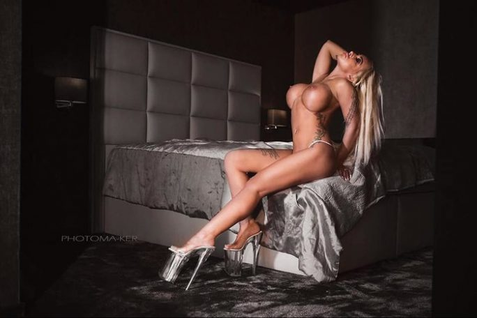 escort-lady-gina-2