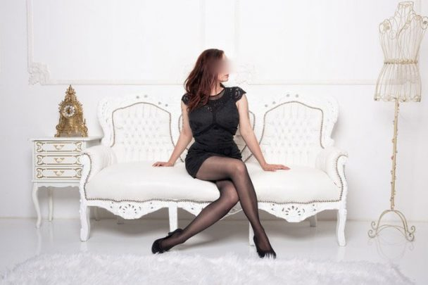 escort-lady-larissa-6